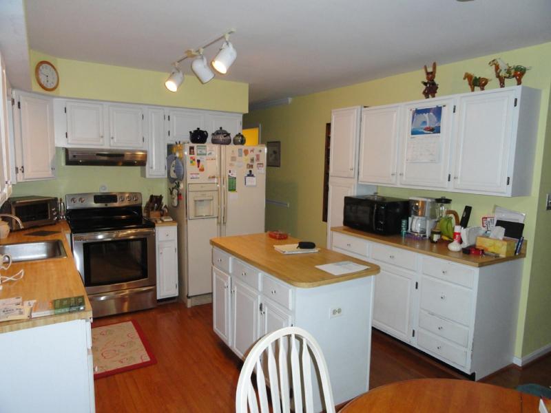 28b-kitchenreface